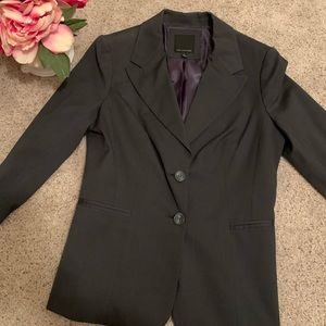 The Limited Dark Gray Size 8 Suit Jacket